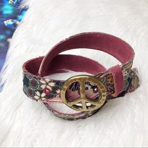 Lucky brand peace sign belt buckle
